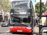 Oxford Tube 50275 na cidade de London, Greater London, Inglaterra, por Wagner Lima